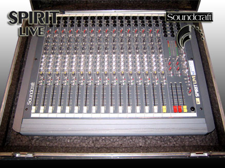 Mischpult Soundcraft Spirit Live 3 16 border=
